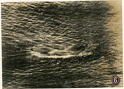 ⑥英重巡コーンウォール2_19420405.jpg