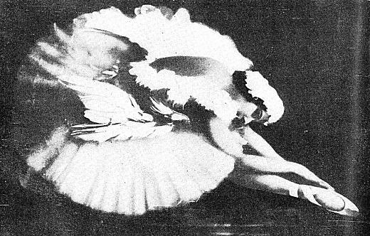 アンナ・パヴロワ「瀕死の白鳥」.jpg