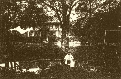 メーヤー館1912築.jpg
