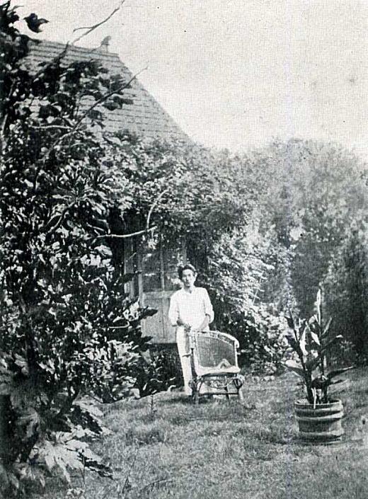 中村彝1920.jpg