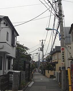 八島さんの前通り04.jpg