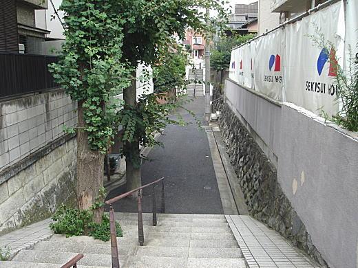 前谷戸湧水源.JPG