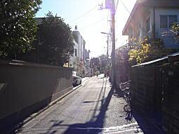 吉田邸西側道.JPG