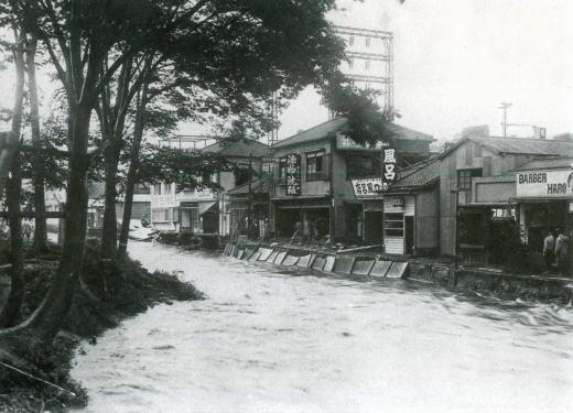 妙正寺川洪水1937.jpg