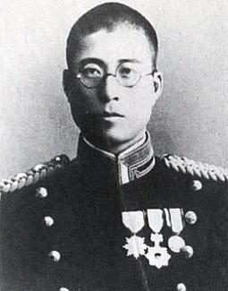 対馬勝男中尉.jpg
