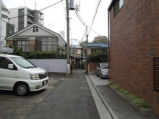 川路柳虹旧居跡1.JPG