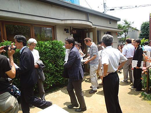 彝アトリエ記念会1.JPG