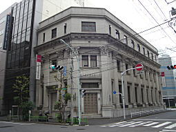 復興建築1.JPG