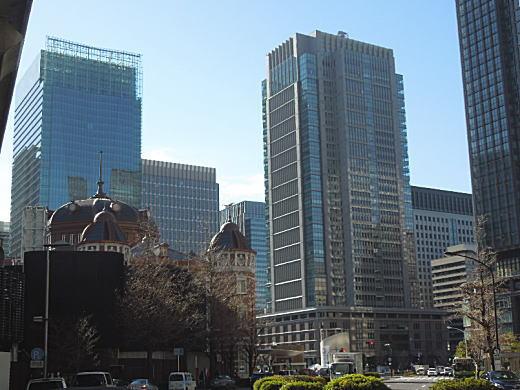 東京駅丸の内北口駅前.JPG
