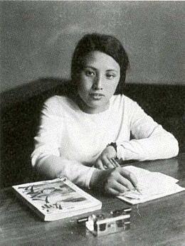 松本禎子1932頃.jpg