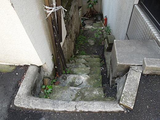 洗い場階段.JPG