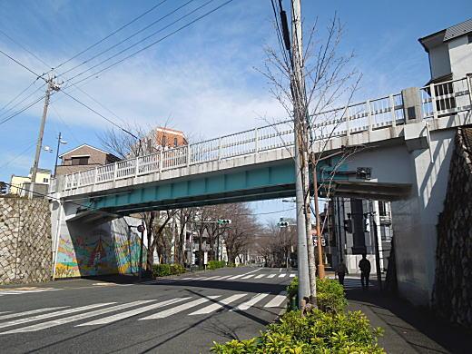 片山陸橋.JPG