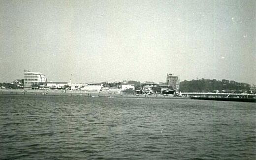 片瀬海岸19641011.jpg