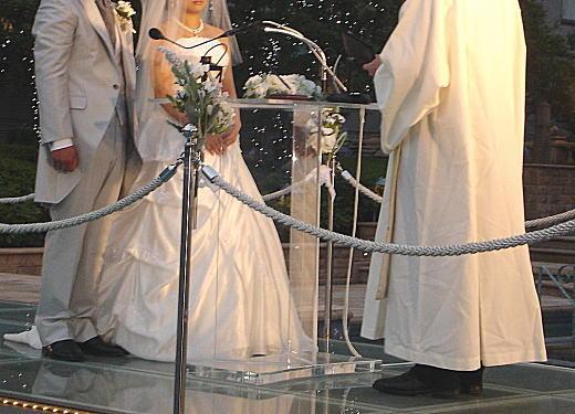 現代結婚式03.jpg