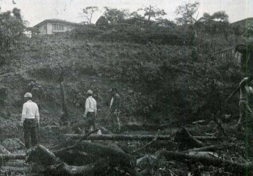 発掘現場19660715.jpg
