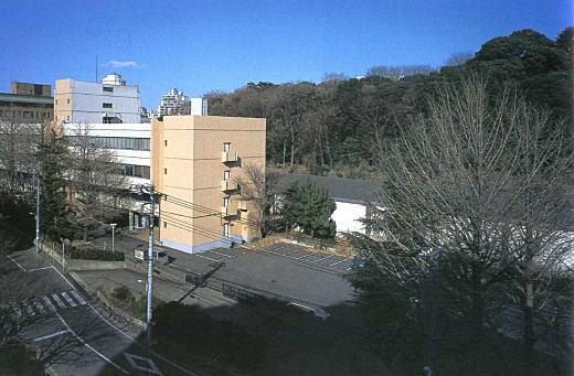 目白水槽全景2003.jpg