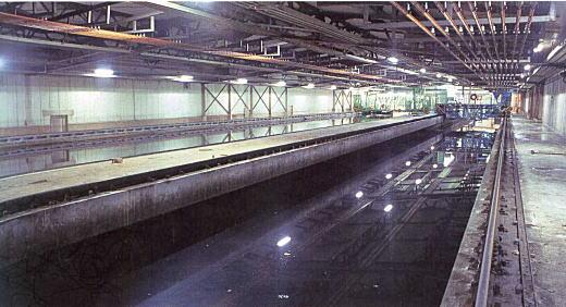 目白水槽第2水槽2003.jpg