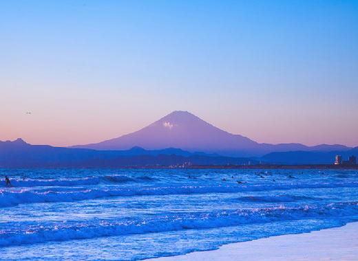 相模湾サーフィン風景.jpg