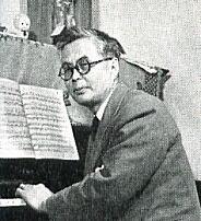 芹澤ピアノ.jpg