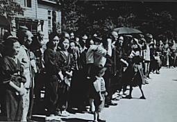 落四小学童疎開1944_4.jpg