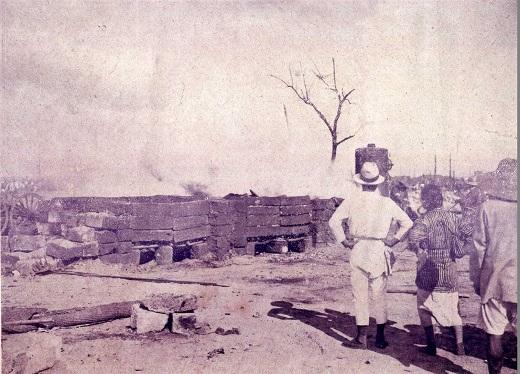 被服廠跡荼毘1923.jpg