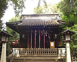 長崎神社拝殿.JPG