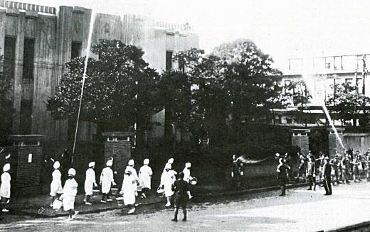 防空演習病院.jpg