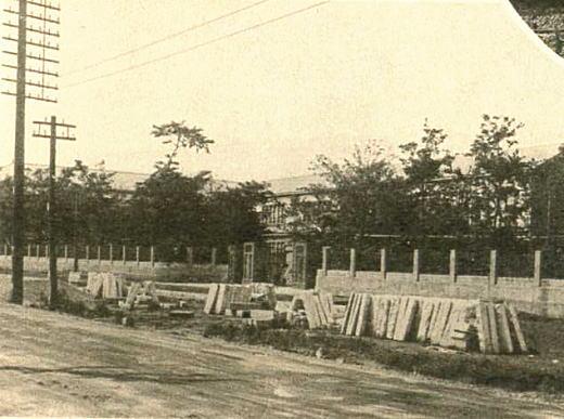 高田第五尋常小学校(目白小学校)1930.jpg